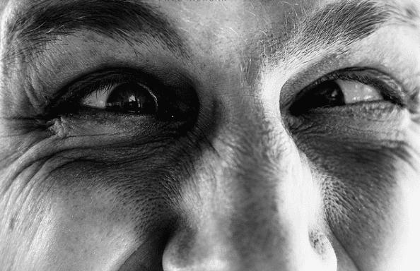 Psicólogo ante Puebla sin Ayuda Psicológica